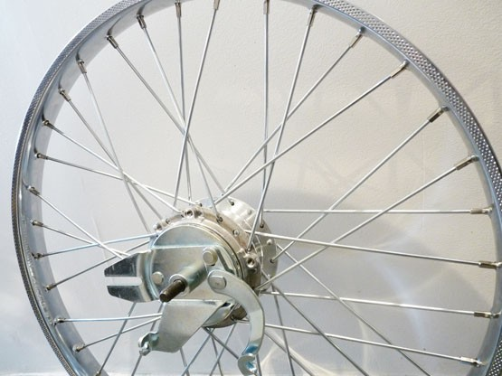 jante roue arriere 19 x 1 2 compatible mobylette motobecane av41. Black Bedroom Furniture Sets. Home Design Ideas